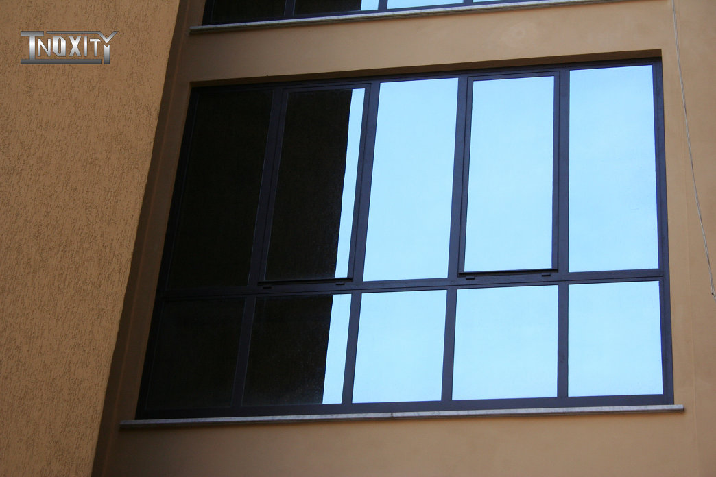 Produzione di serramenti e finestre in ferro zincato inoxity - Serramenti e finestre ...
